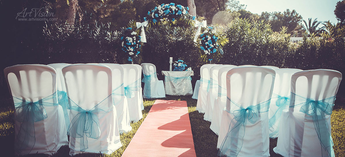 Wedding in Spain. Tiffany style Ceremony